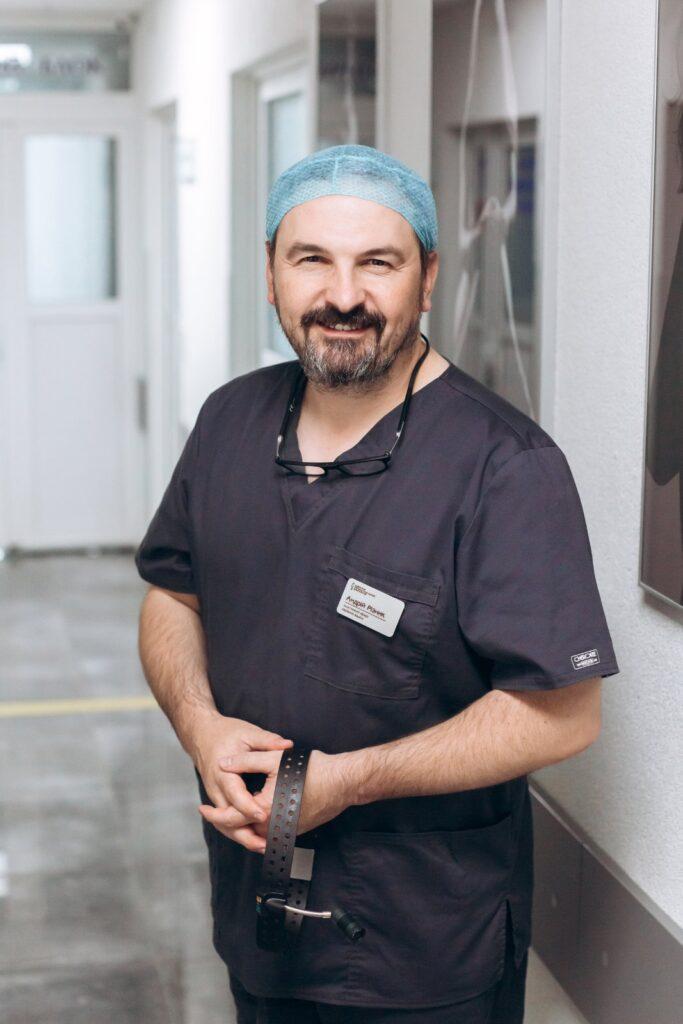 пластичний хірург Львів. Андрій Різник